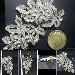 Accessories - I.N.C. Silver Tone Flower Comb - Clip New